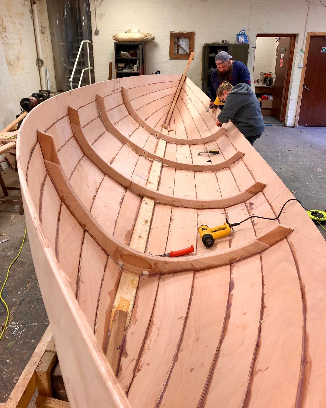 Hull 1 construction2